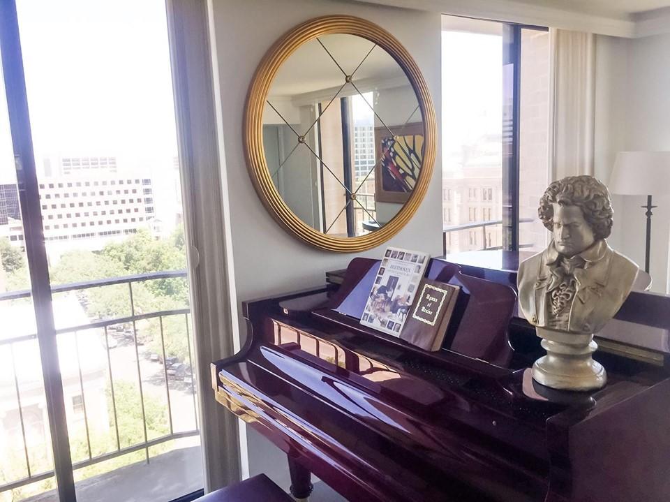 Mirror Hanging, Austin, Texas
